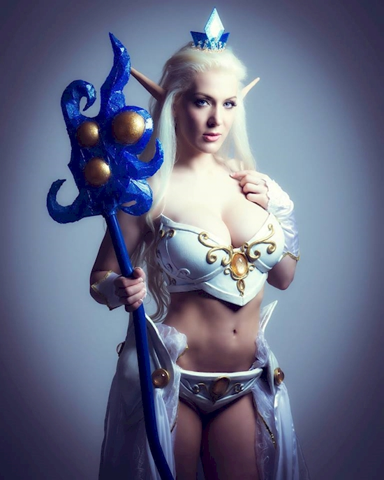 Cosplayers sexys (12)
