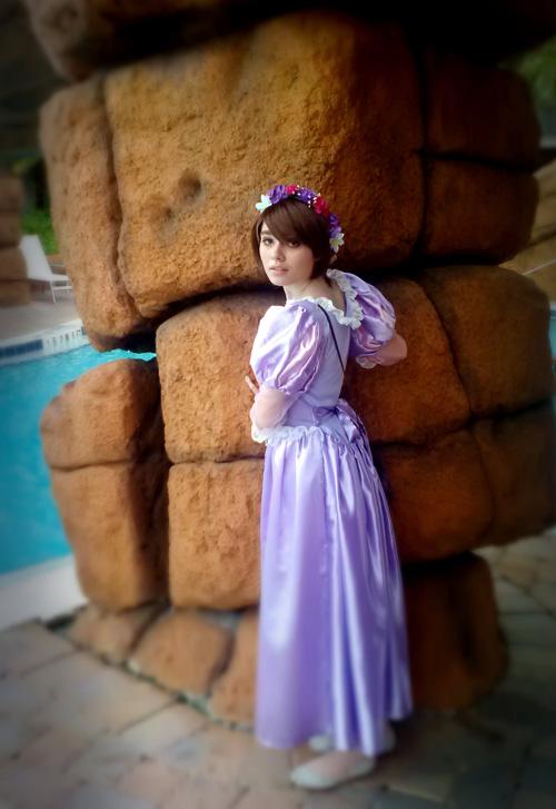 rapunzel-cosplay (6)