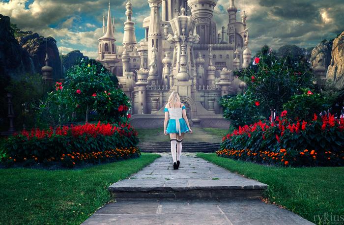 alice-wonderland-cosplay-04