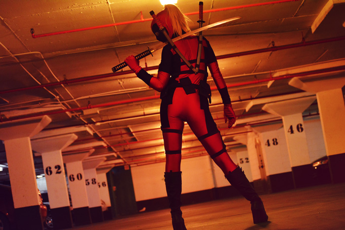 lady-deadpool-cosplay (1)