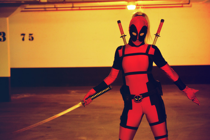 lady-deadpool-cosplay (2)