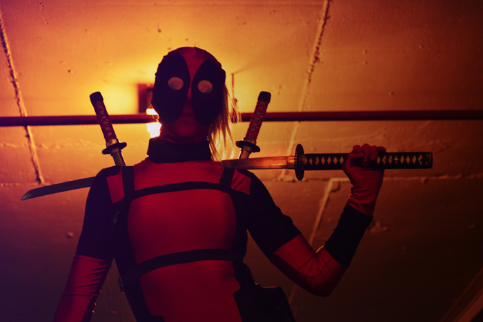 lady-deadpool-cosplay (3)