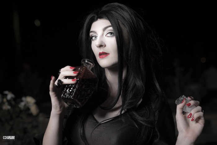 morticia-addams-cosplay (6)