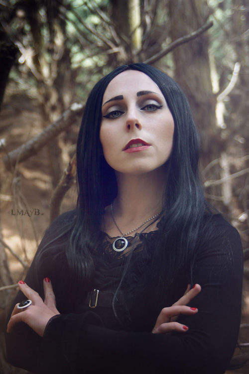morticia-cosplay (2)