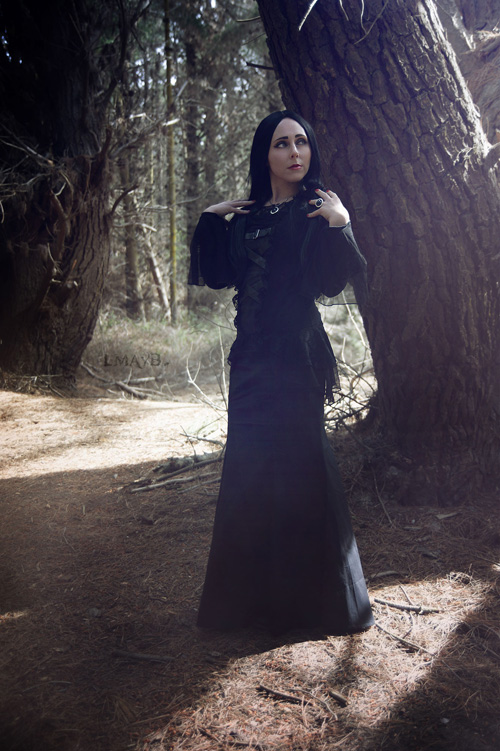 morticia-cosplay (3)