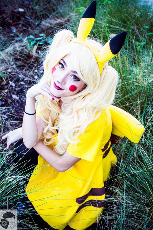 pikachu-cosplay (1)