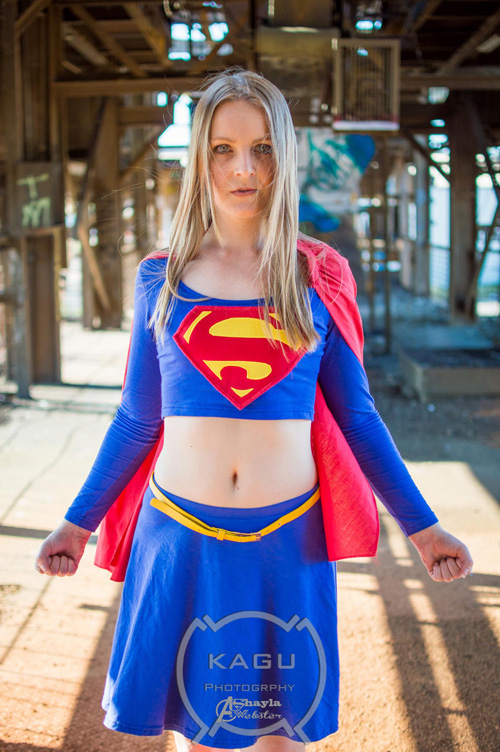 supergirl-cosplay (1)
