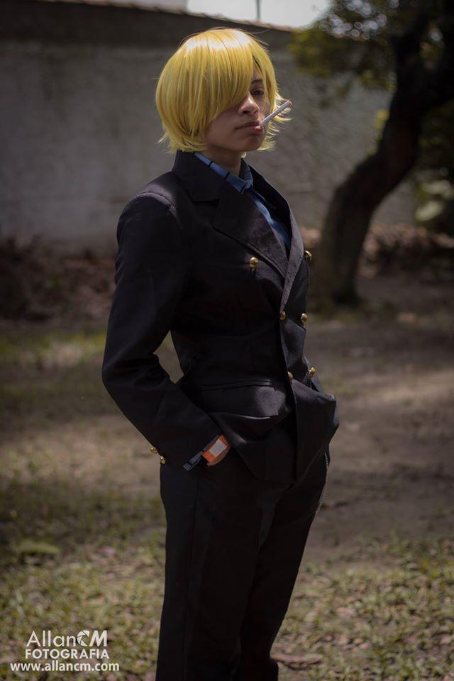 Sanji-cosplay (1)