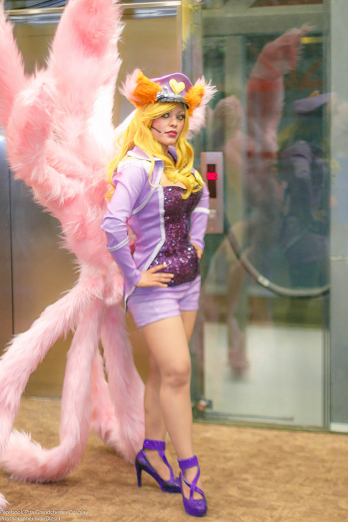 Popstar-Ahri-cosplay (3)