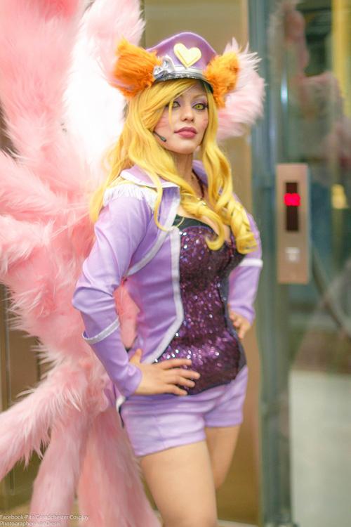 Popstar-Ahri-cosplay (5)
