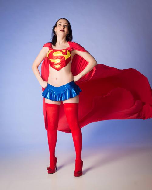 biquini-supergirl (1)
