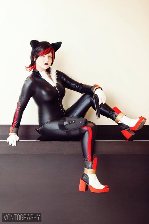 shadow-sonic-cosplay (1)