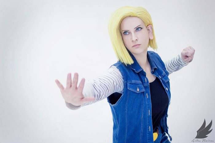 android-18-cosplay-dbz (7)