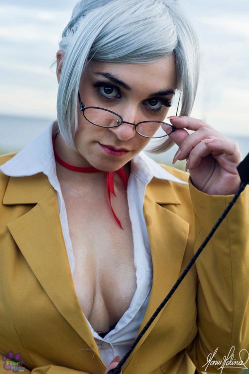 meiko-shiraki-cosplay (2)