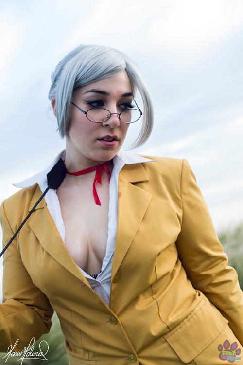 meiko-shiraki-cosplay (4)