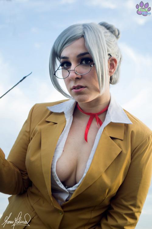 meiko-shiraki-cosplay (5)