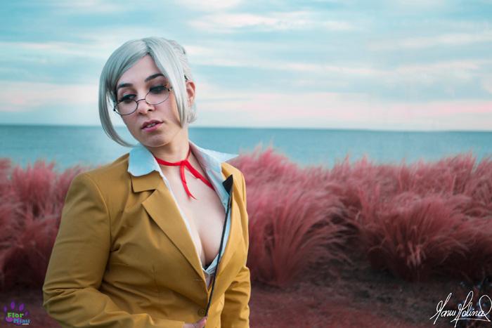 meiko-shiraki-cosplay (6)