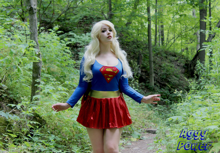 supergirl-cosplay (2)