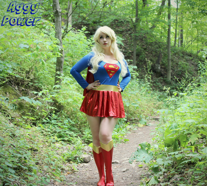 supergirl-cosplay (3)