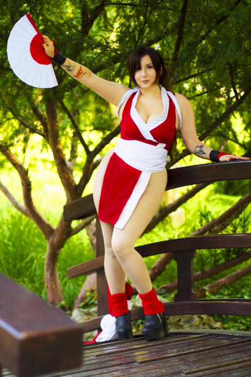 mai-shiranui-cosplay-1