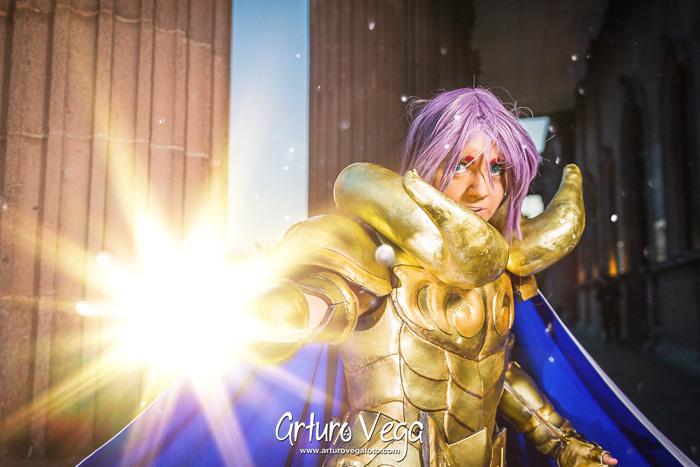 mu-de-aries-cosplay-9