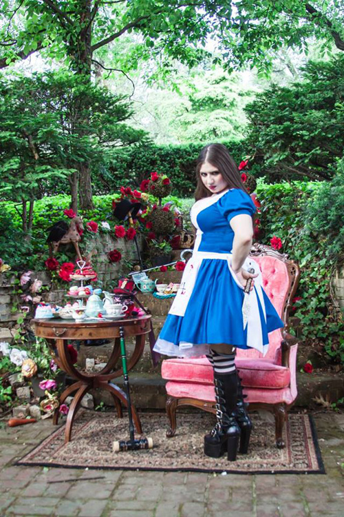 alice-wonderland-cosplay-4