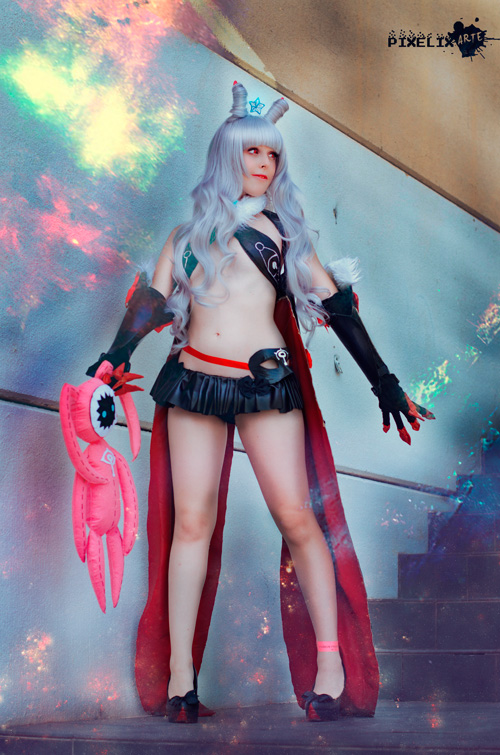 lady-venera-cosplay-1