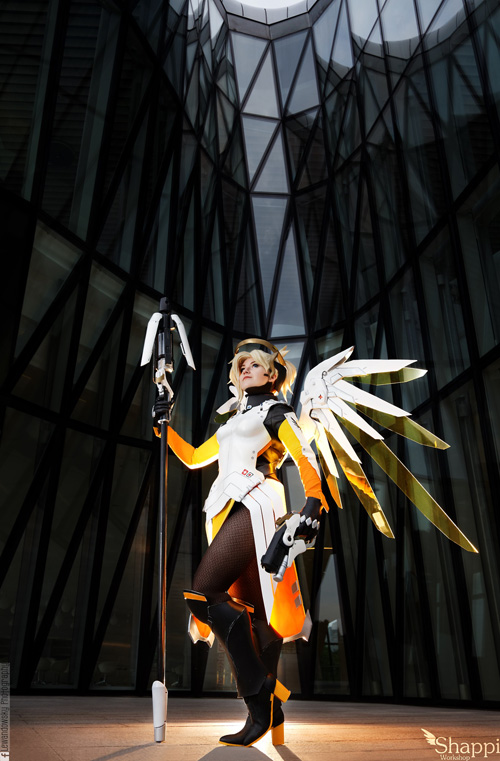 mercy-overwatch-cosplay-1