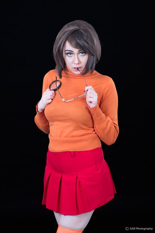 velma-sexy-cosplay-3