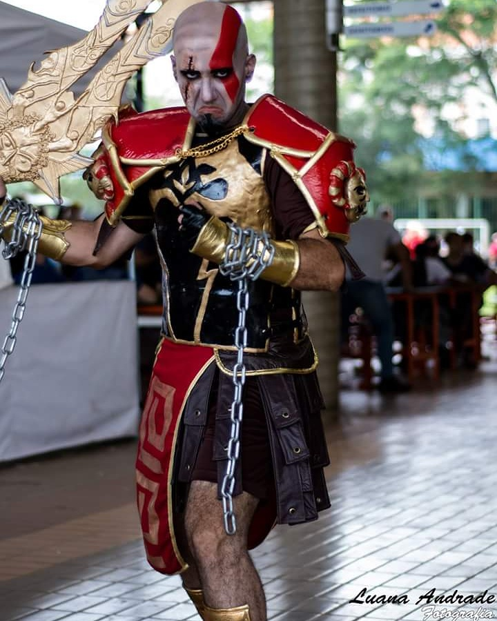 cosplay-kratos-10