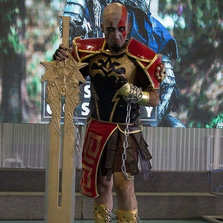 cosplay-kratos-11