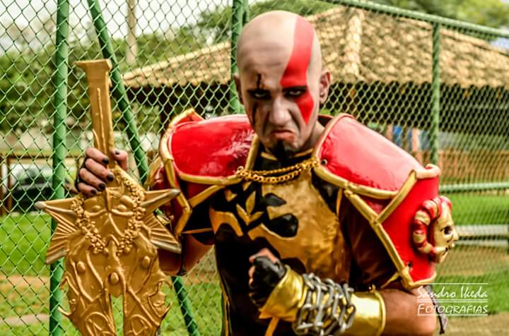 cosplay-kratos-6