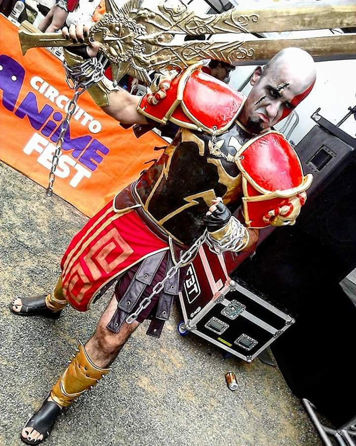 cosplay-kratos-8