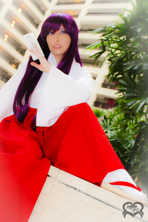 rei-hino-sailor-mars-cosplay (1)