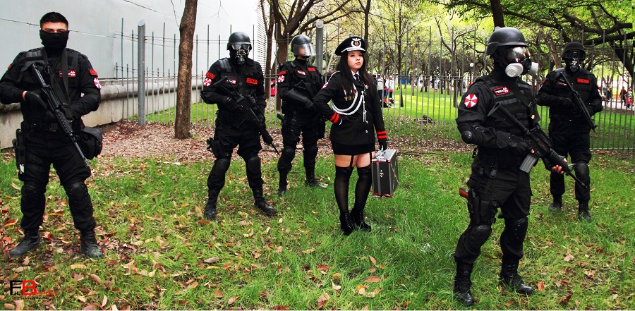 resident-evil-cosplay (1)