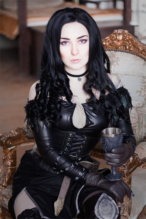 yennefer-cosplayer (1)
