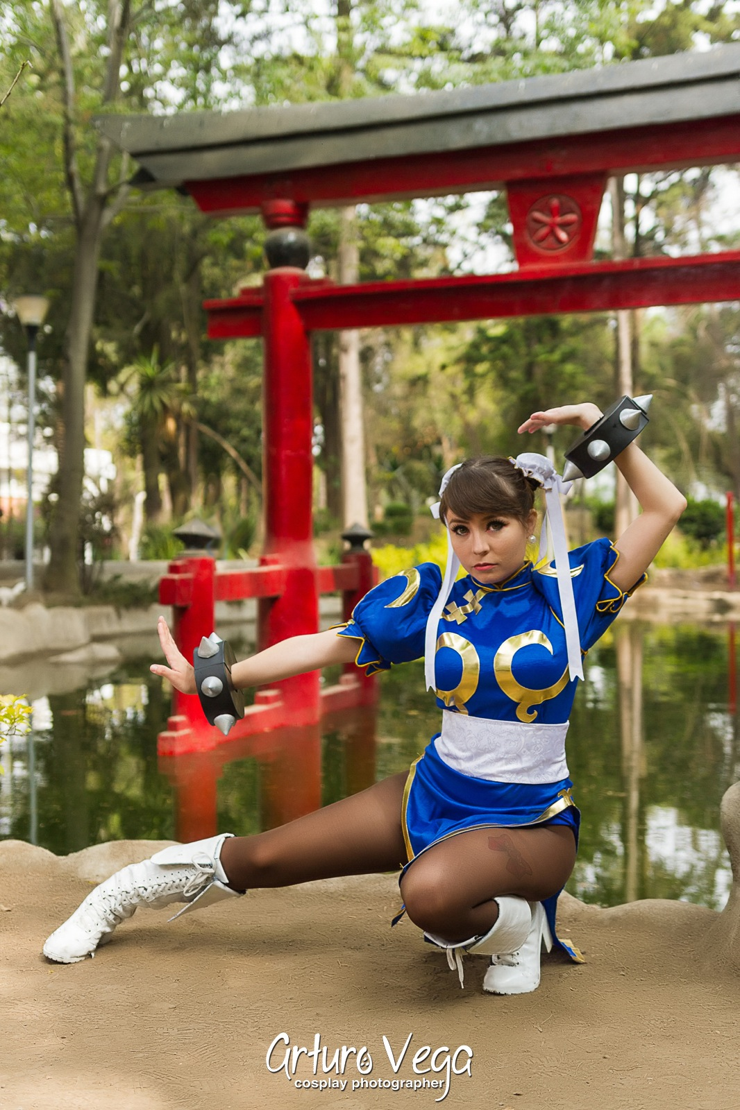 chun-li-cosplayer (2)
