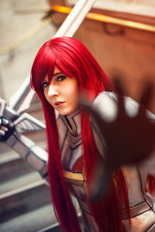 erza-scarlet-cosplay (2)