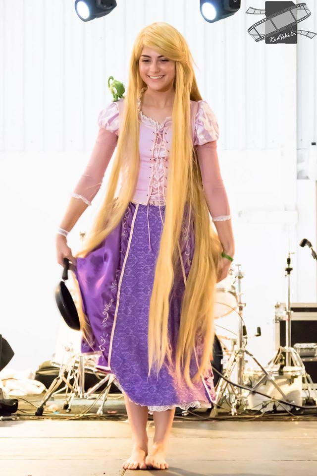 rapunzel-enrolados-cosplay (1)