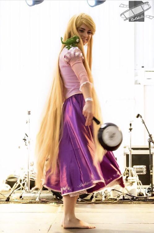 rapunzel-enrolados-cosplay (4)