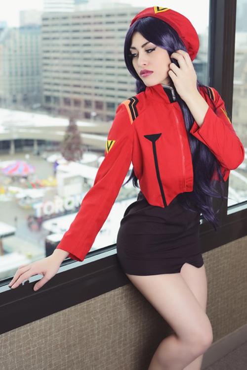 misato-cosplay (2)