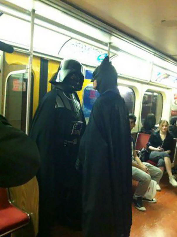 cosplayers-no-metro (8)