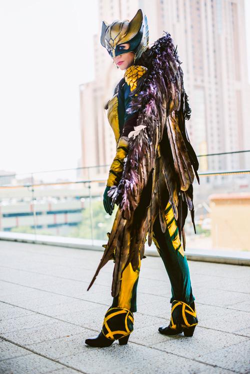 mulher-gaviao-cosplay (3)